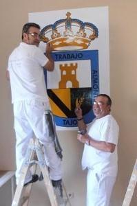 EL TALLER DE PINTURA RIBEROS DEL TAJO CONCLUYE EL PINTADO DEL CENTRO SOCIAL